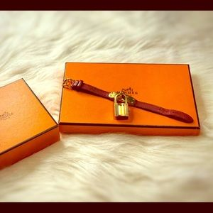 Pre-loved Hermès Kelly bracelet/watch